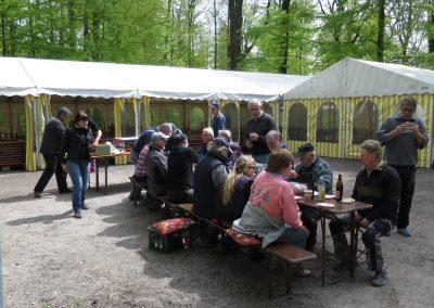 1.Mai Waldfest 2016 bei der Lutz-Sigelhütte - Aufbau